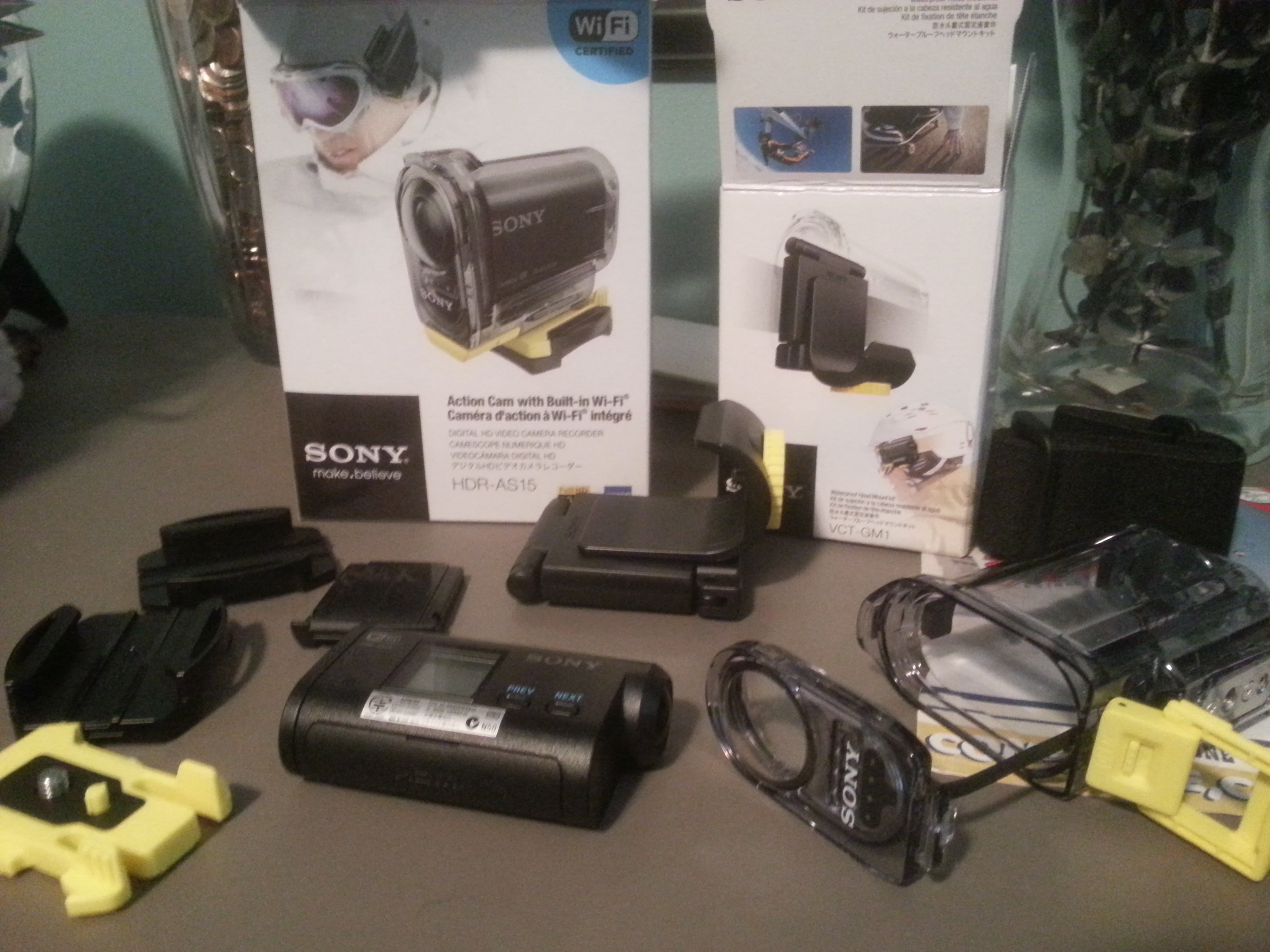 sony cam whats in the box